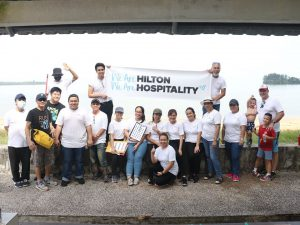 Kuching Beach Cleaners in collaboration with Hilton